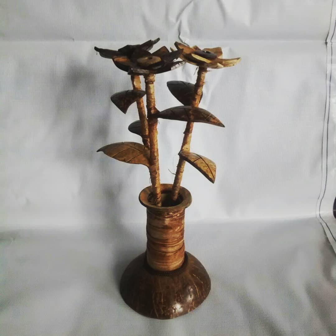cara membuat vas bunga dari sabut kelapa.jpg