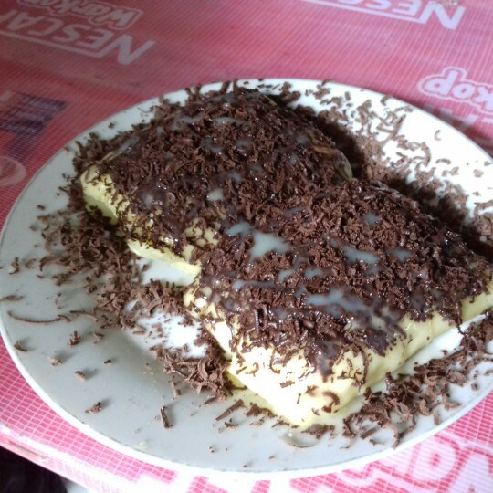 kue pancong coklat