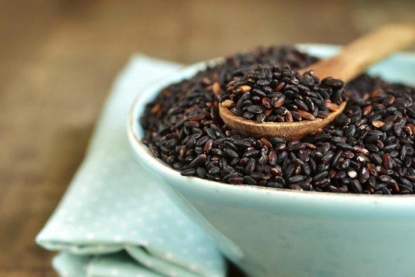 manfaat beras hitam untuk wajah